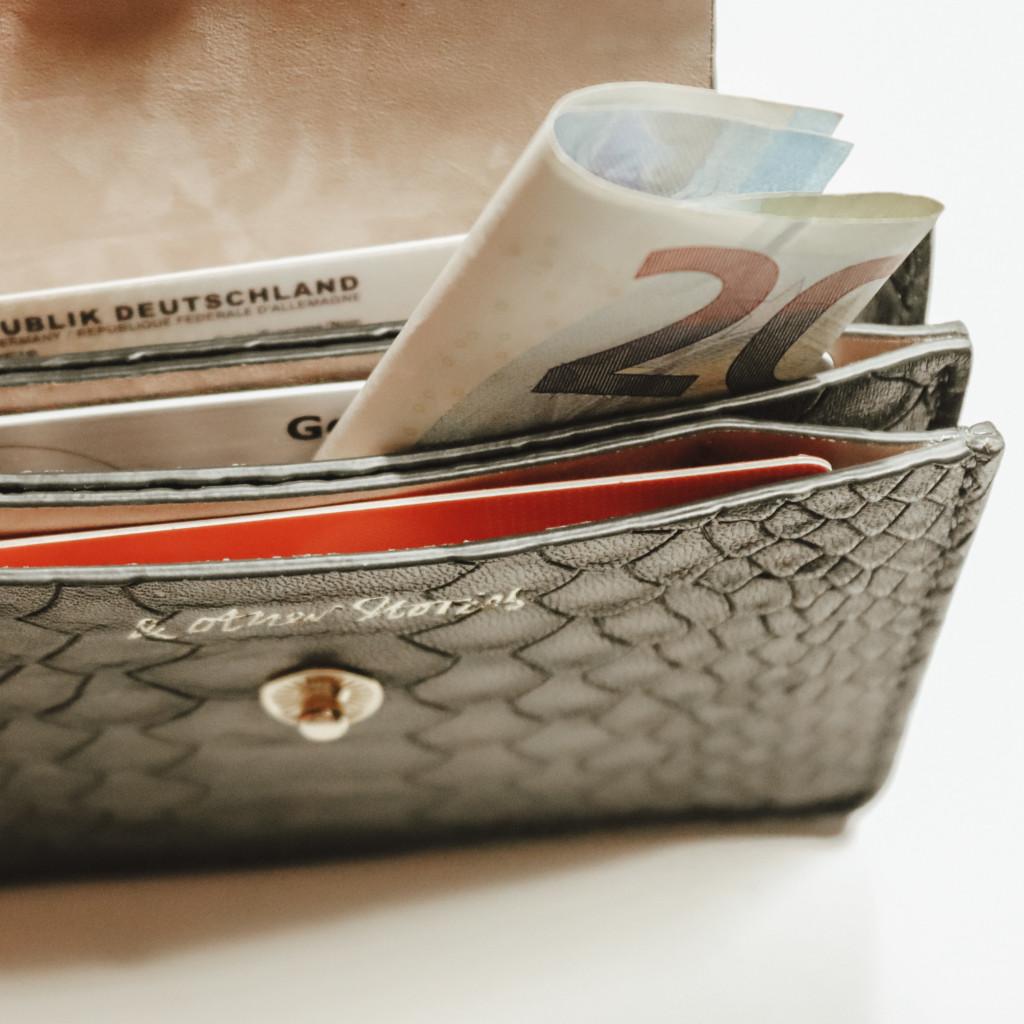 Minimalismus - kleines Portemonnaie